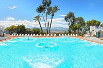 Piscina esterna all'Arbatax Park Resort