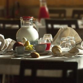 resort-baiamalva-colazione